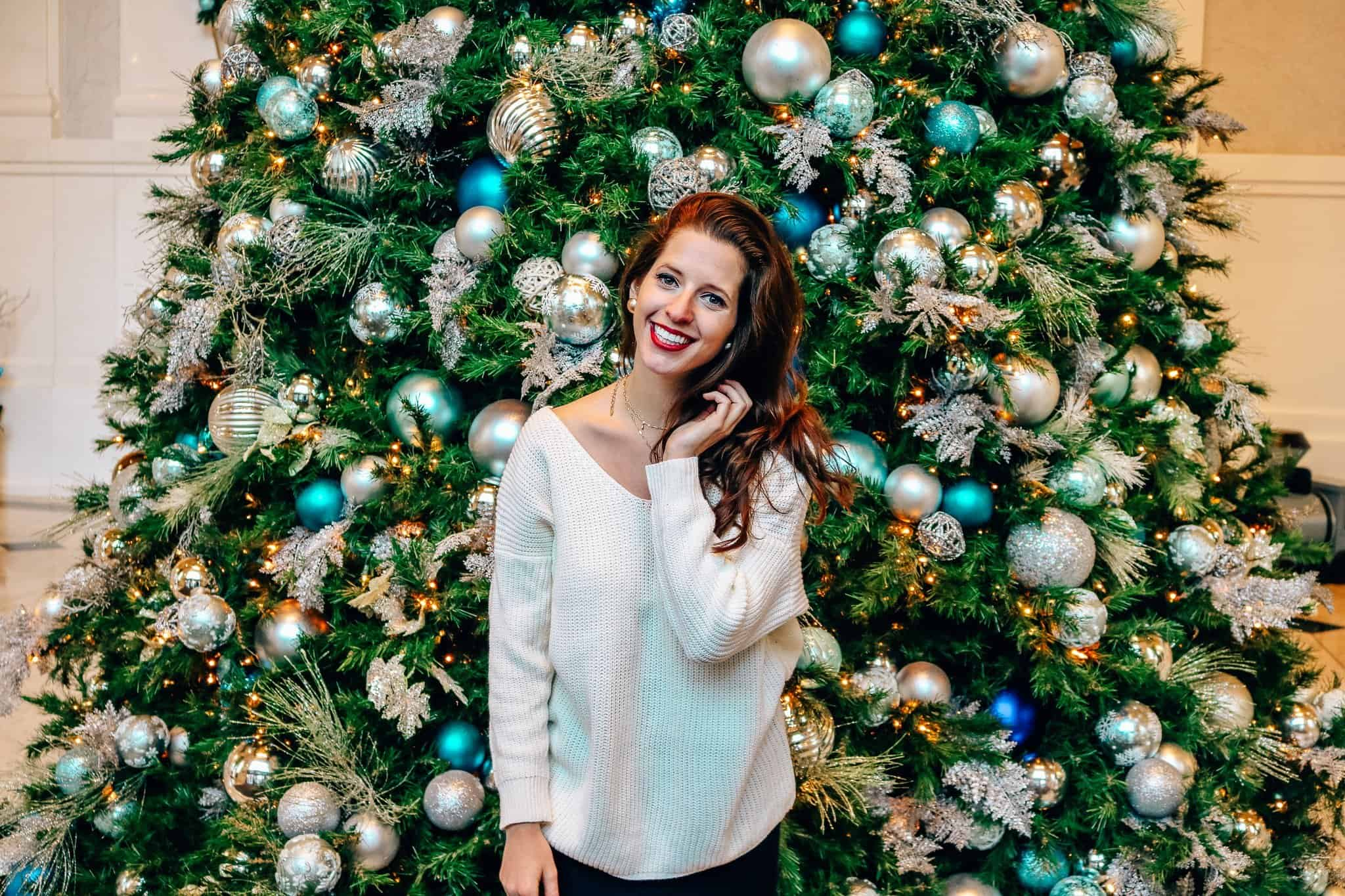 77 W Wacker Drive - Favourite Christmas Activities in Chicago with Chicwish