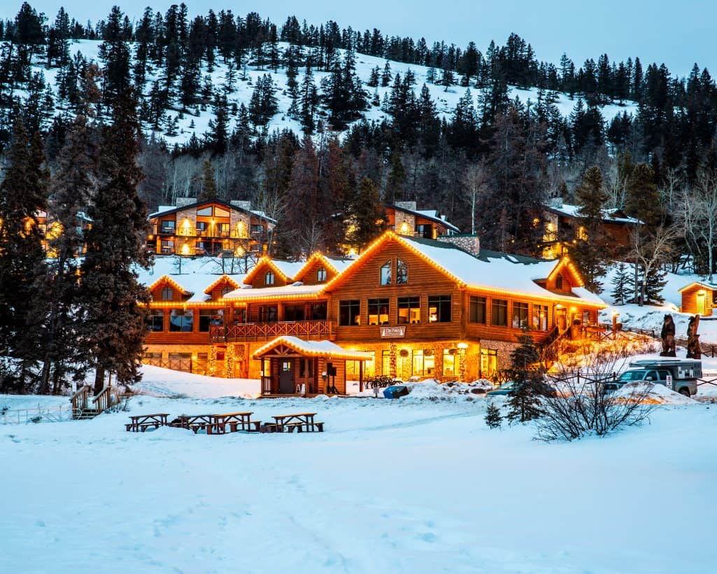 Best Places to Stay in Jasper on a Budget 83