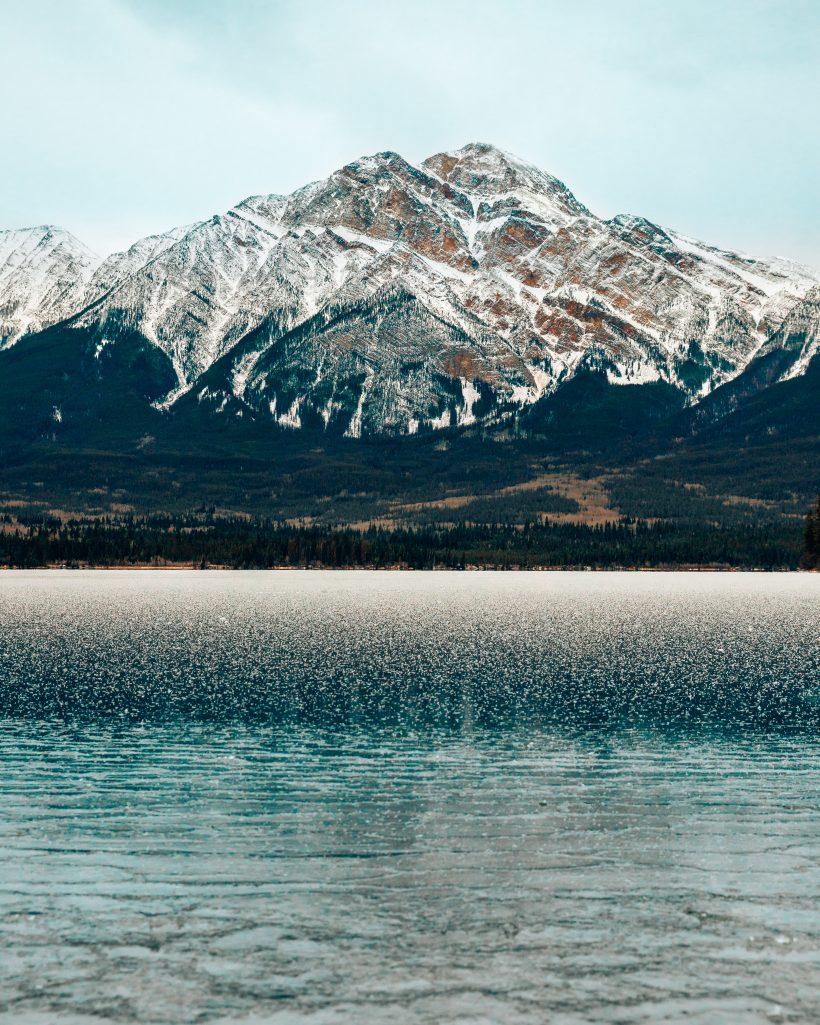 Pyramid Lake in Jasper in Winter
